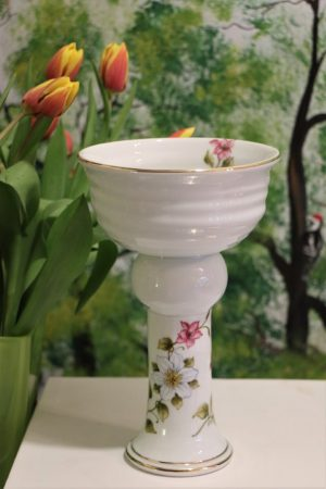 Kolekce porcelánových výrobků, ruční malba, zlaceno